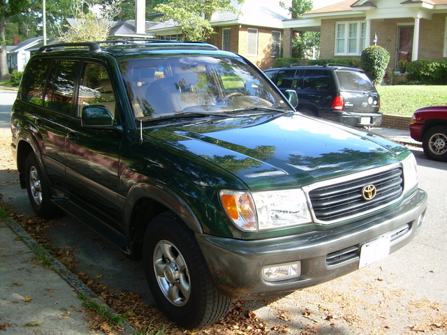 2002 Toyota Land Cruiser #20
