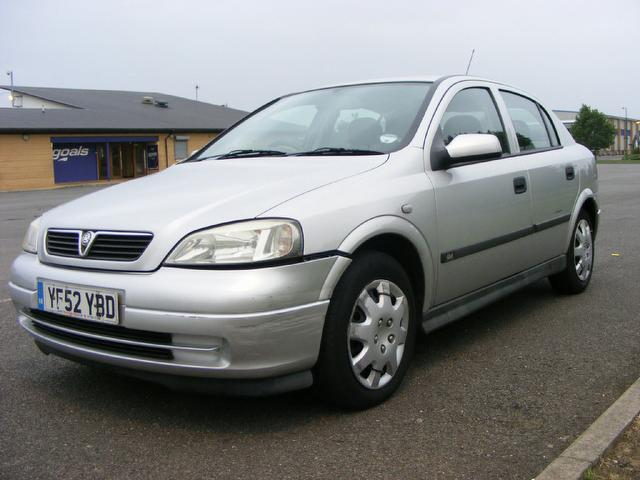 2002 vauxhall astra photos informations articles. Black Bedroom Furniture Sets. Home Design Ideas