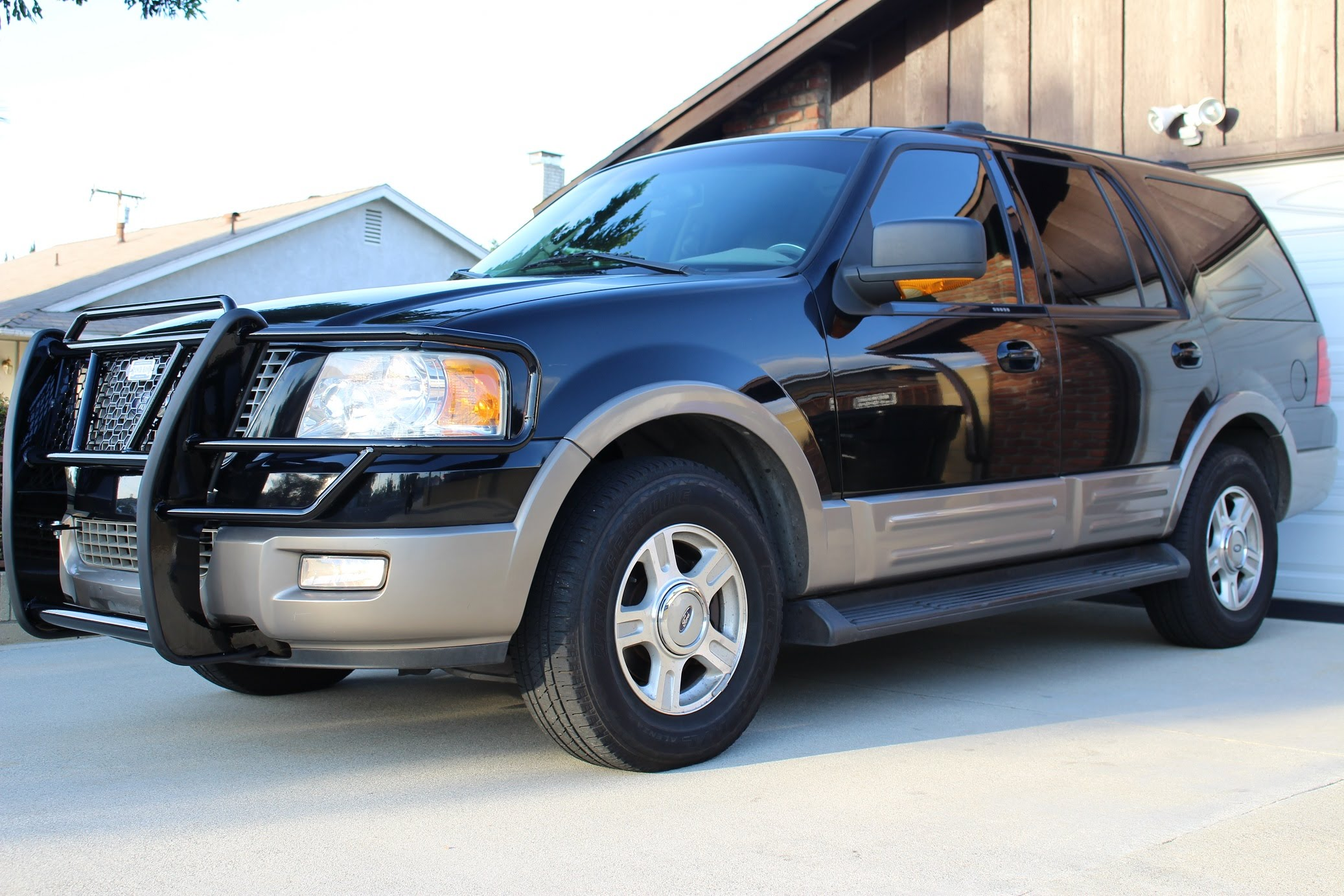 2003 Ford Expedition #16
