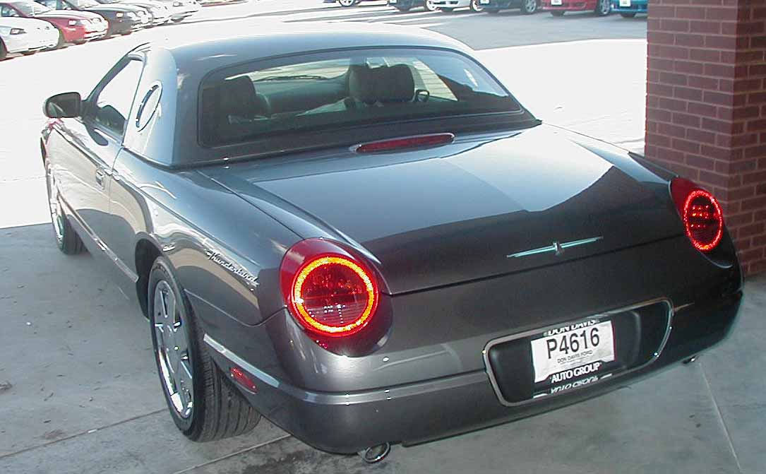 2003 Ford Thunderbird #18