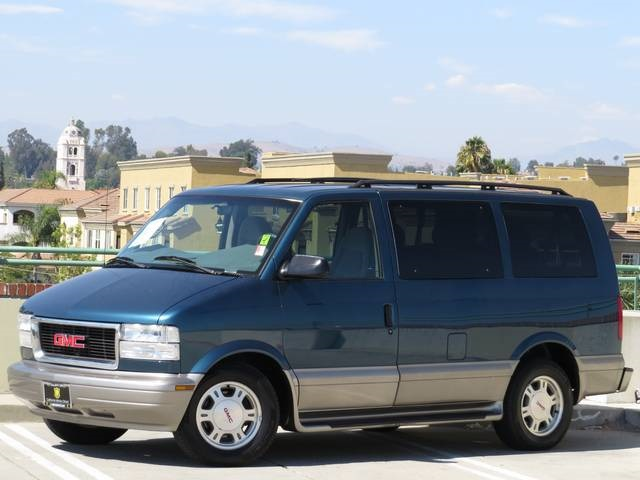 2003 GMC Safari #18