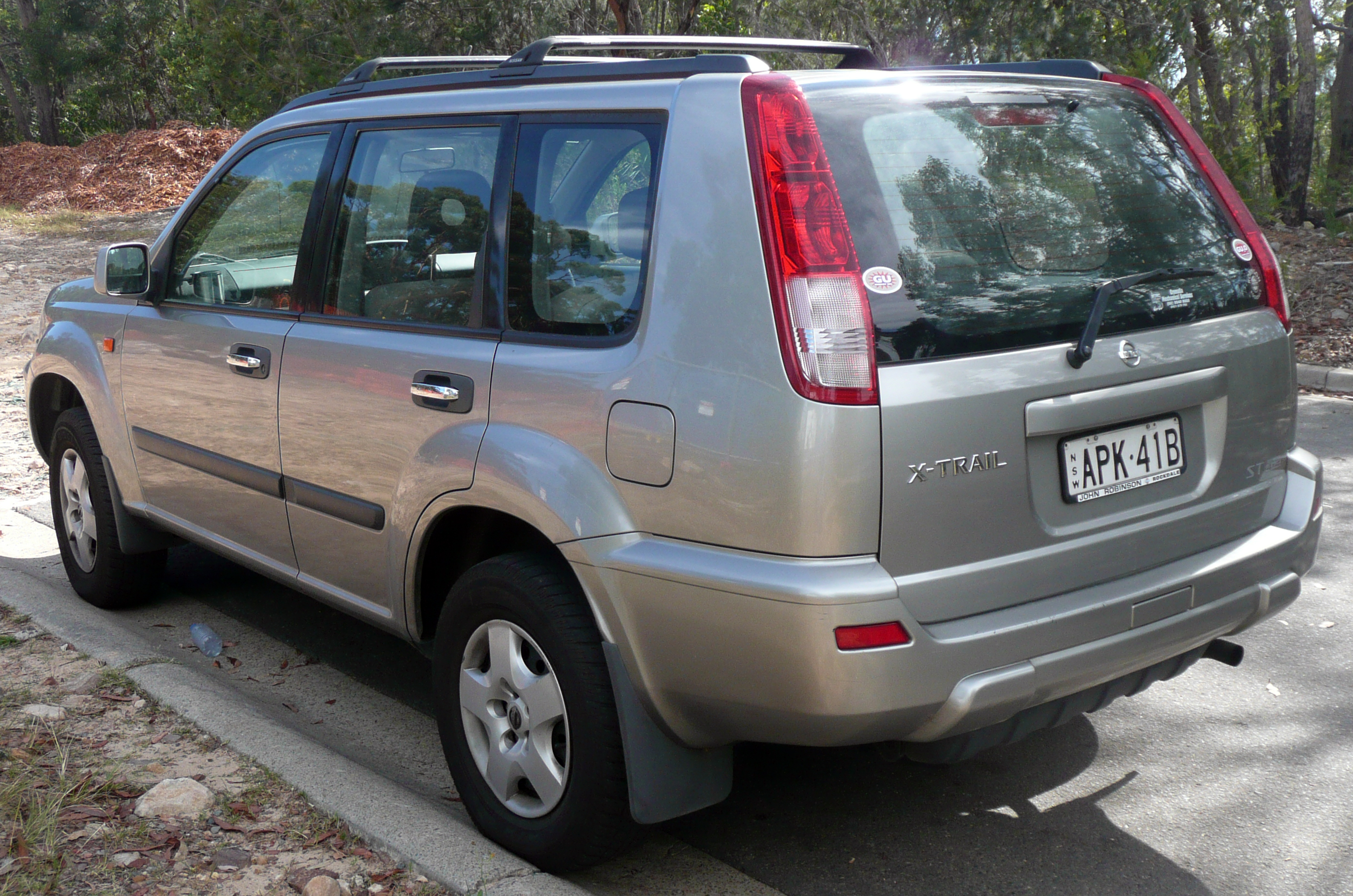 2003 nissan x trail photos informations articles bestcarmag com rh bestcarmag com manual nissan x trail 2004 pdf owners manual nissan x-trail 2004