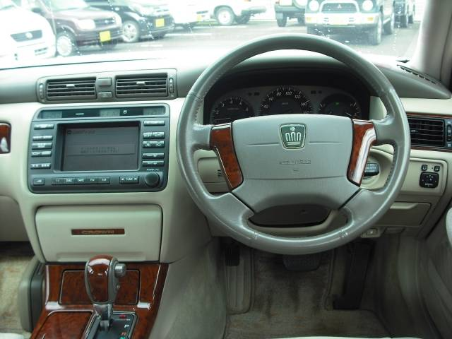 2003 Toyota Crown #15