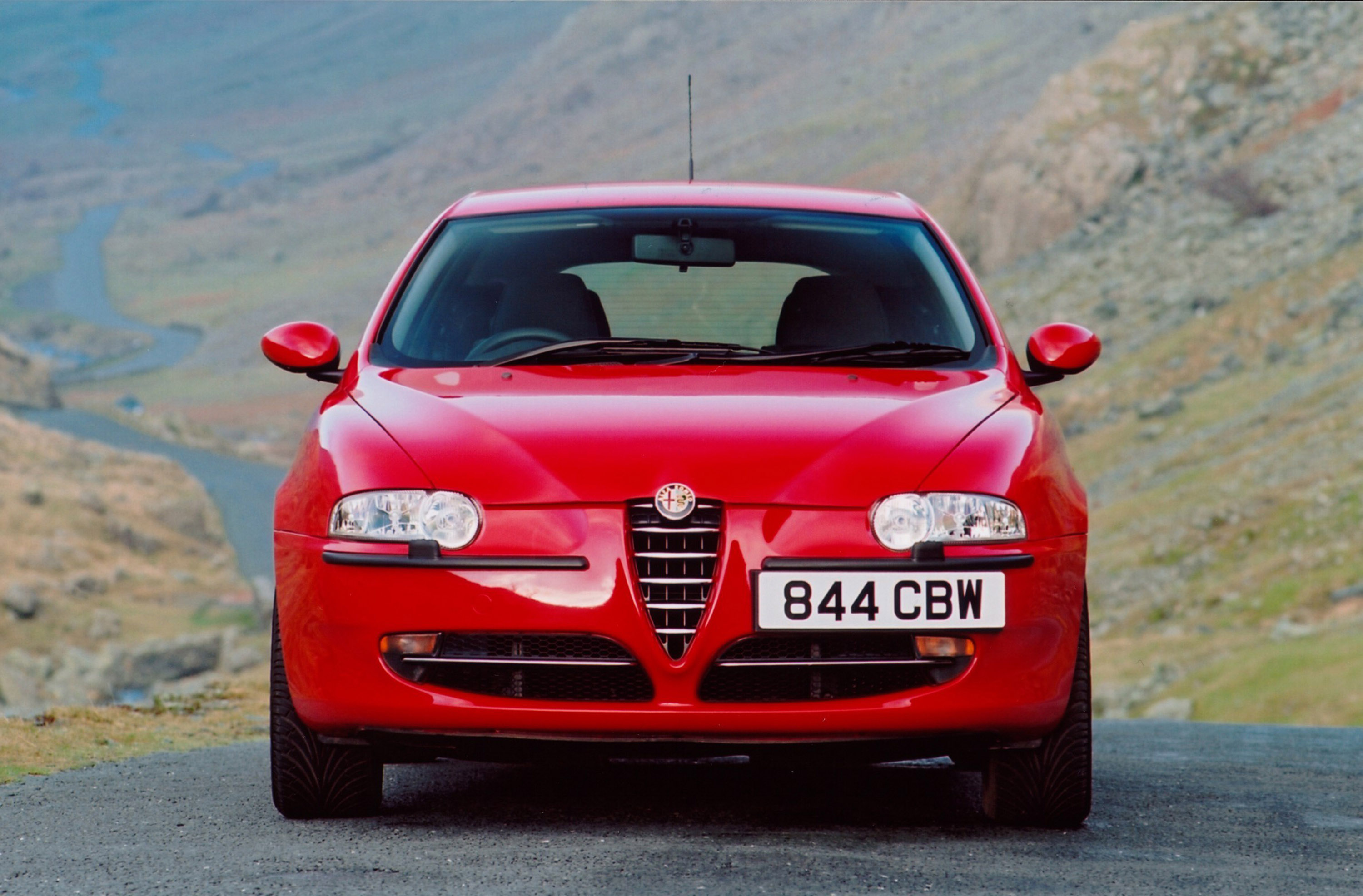 2004 alfa romeo 147 photos informations articles. Black Bedroom Furniture Sets. Home Design Ideas
