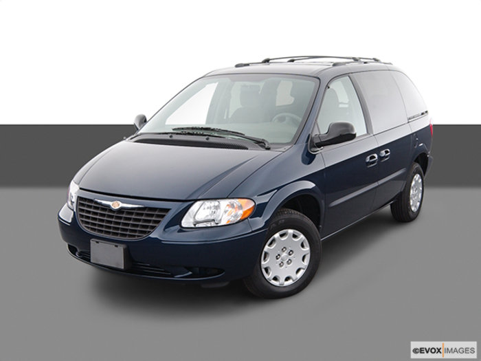 2004 Chrysler Town And Country #16