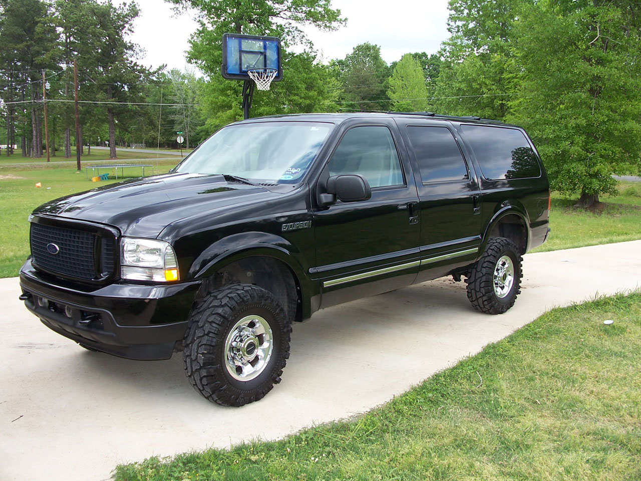 2004 Ford Excursion #18