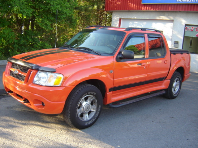 2004 Ford Explorer Sport Trac #20