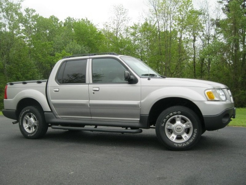 2004 Ford Explorer Sport Trac #19