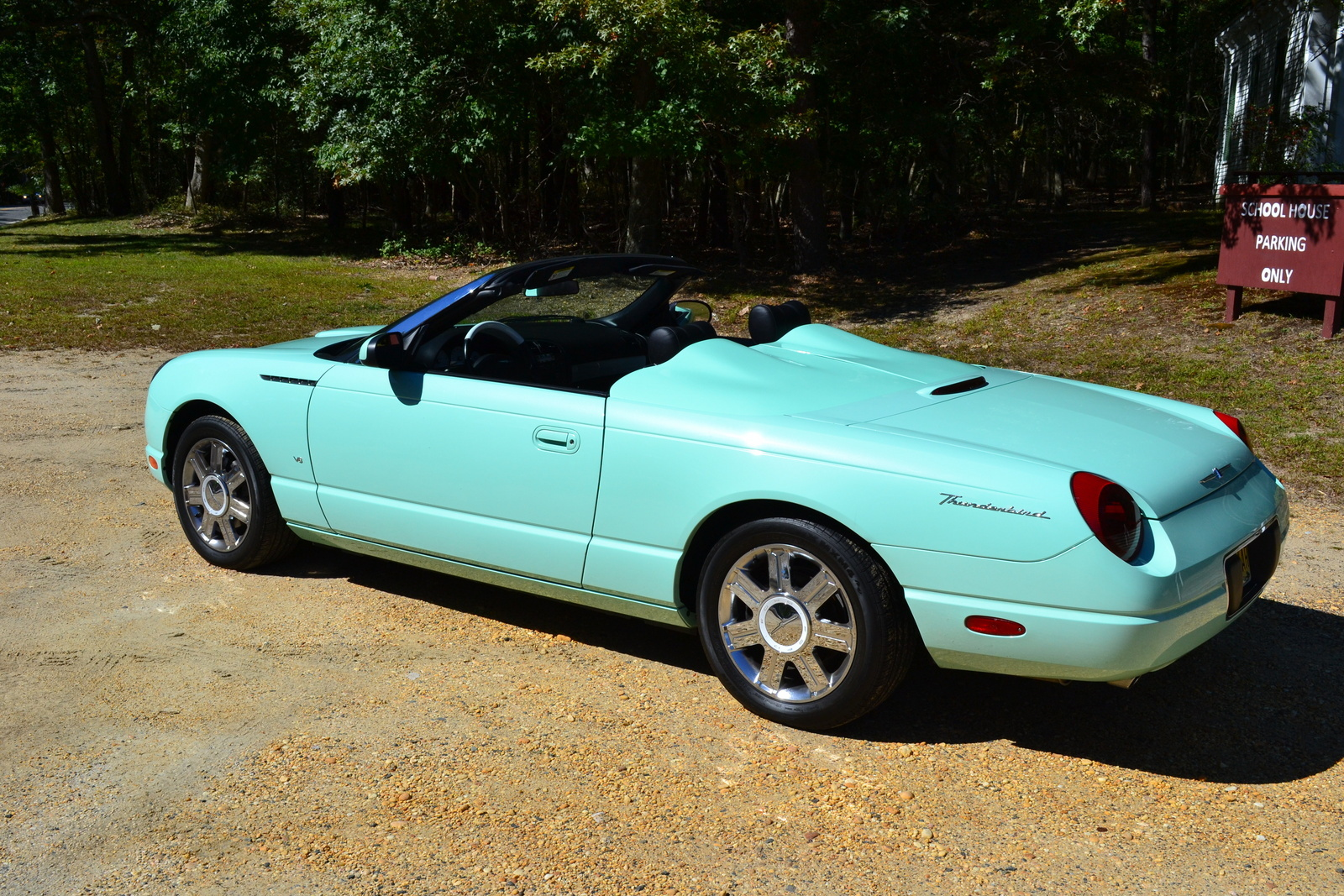 2004 Ford Thunderbird #18