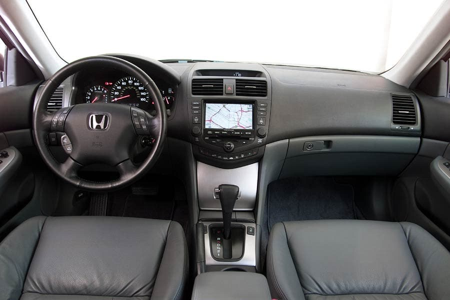 2004 Honda Accord #18