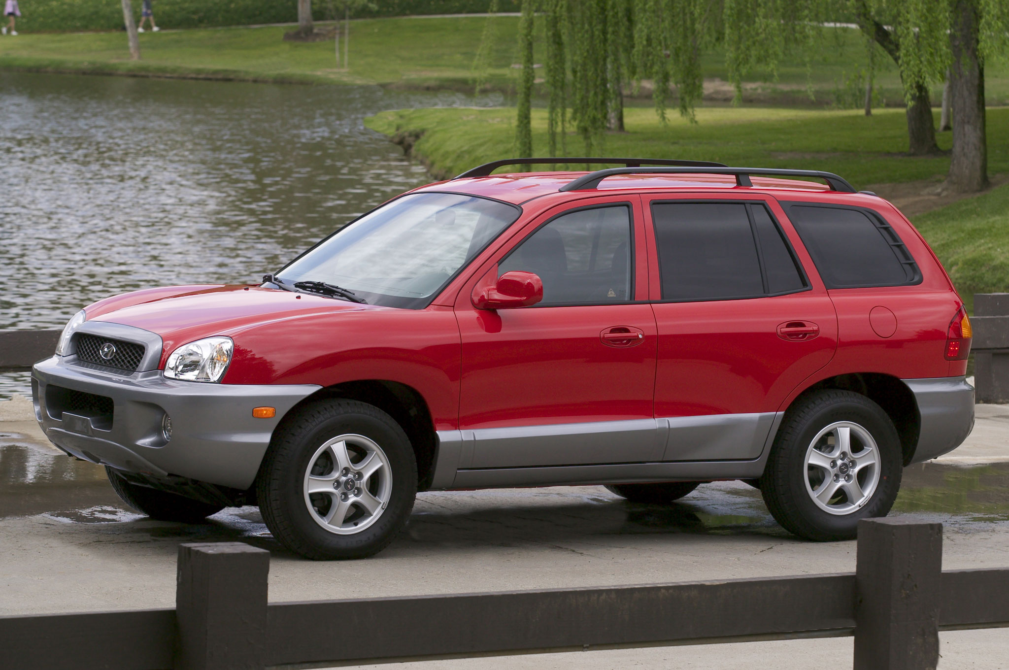 2004 hyundai santa fe photos informations articles. Black Bedroom Furniture Sets. Home Design Ideas