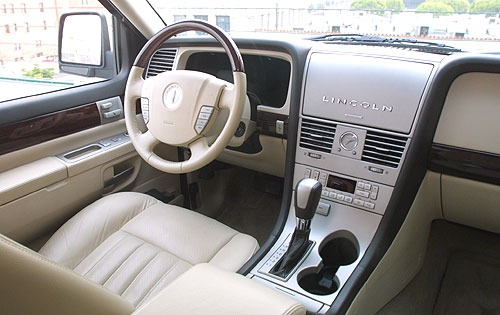 2004 Lincoln Aviator #14