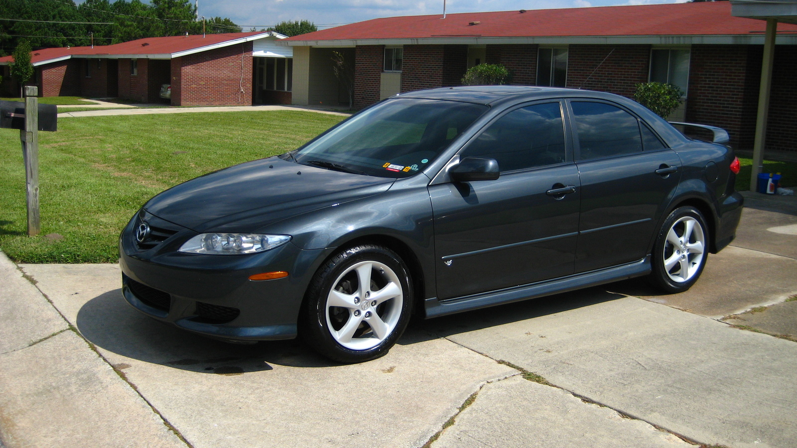 2004 mazda mazda6 photos informations articles. Black Bedroom Furniture Sets. Home Design Ideas
