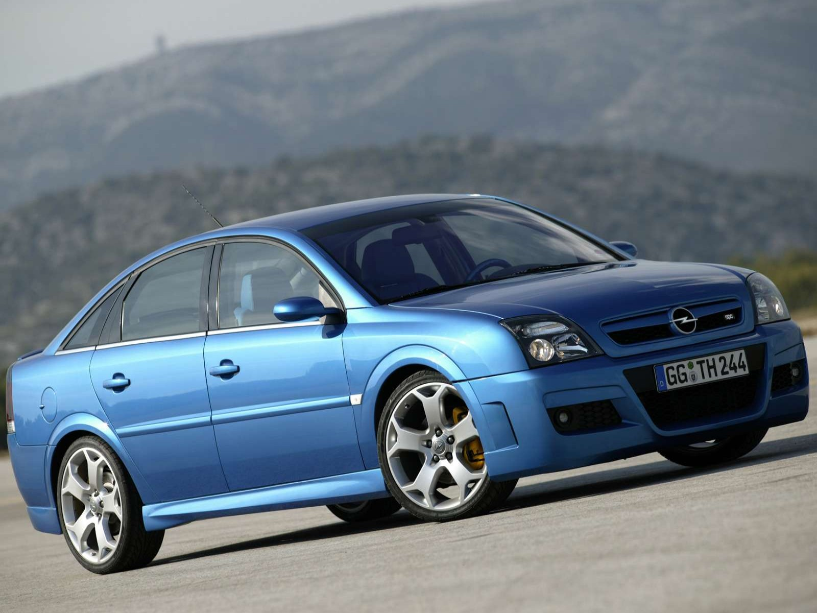 2004 opel vectra photos informations articles. Black Bedroom Furniture Sets. Home Design Ideas