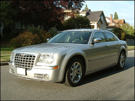 2005 Chrysler 300 #21