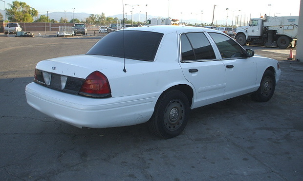 2005 Ford Crown Victoria #30