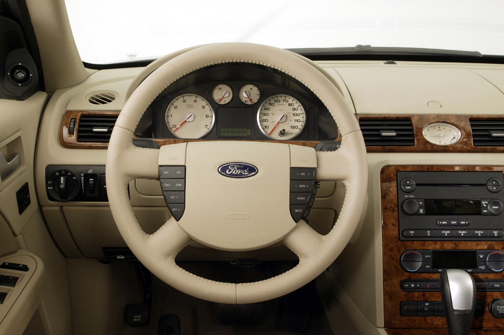 2005 Ford Five Hundred #17
