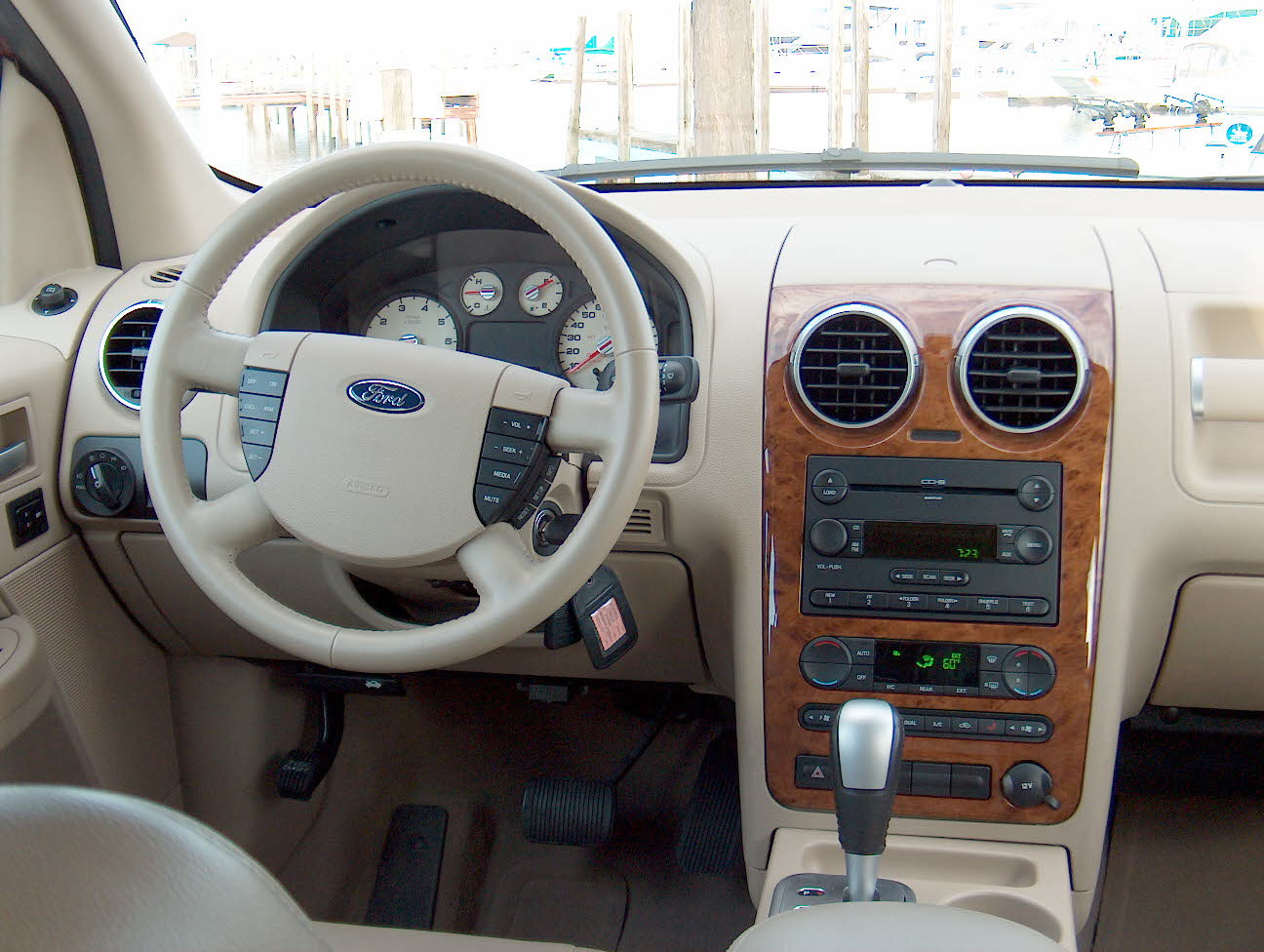 2005 Ford Freestyle #16