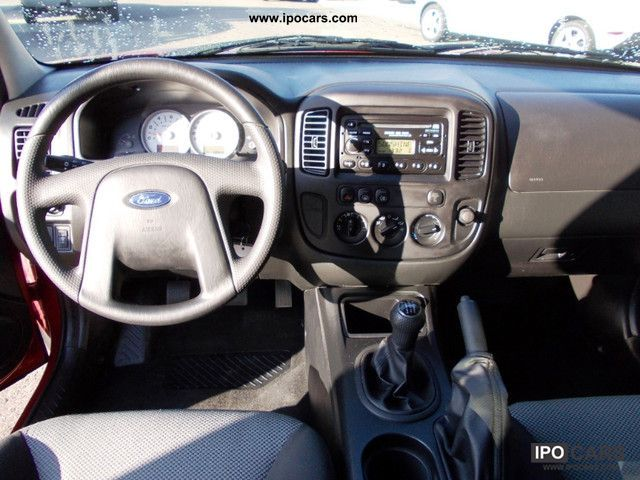 2005 Ford Maverick #16