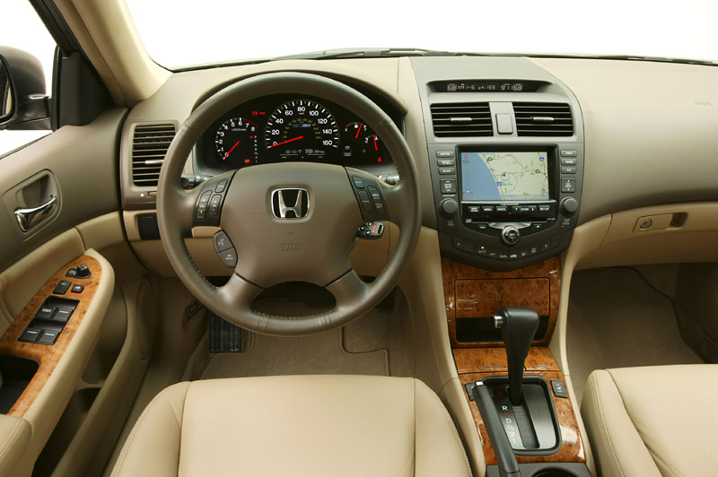 2005 Honda Accord #23