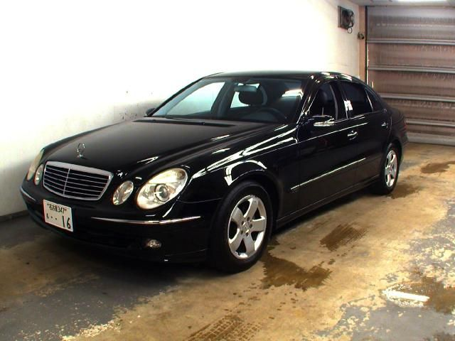 2005 mercedes benz e photos informations articles for Mercedes benz 2005 e class
