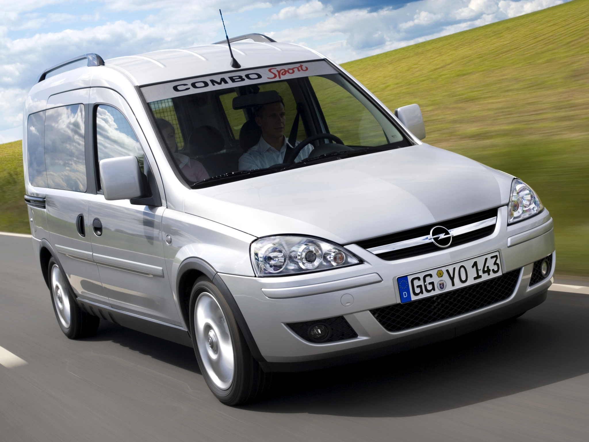 2005 opel combo photos informations articles. Black Bedroom Furniture Sets. Home Design Ideas