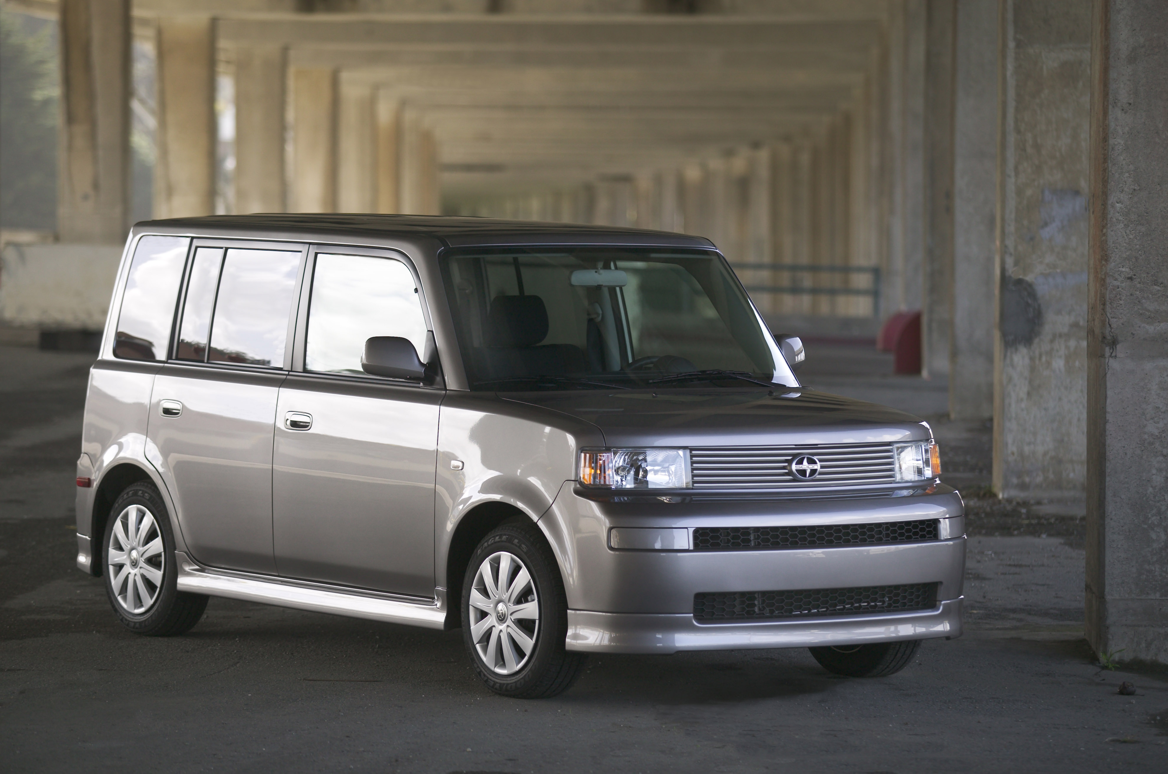 2005 Scion Xb #17
