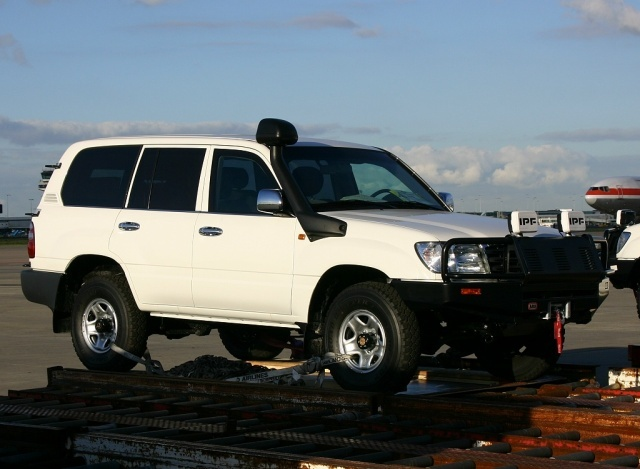 2005 Toyota Land Cruiser #20