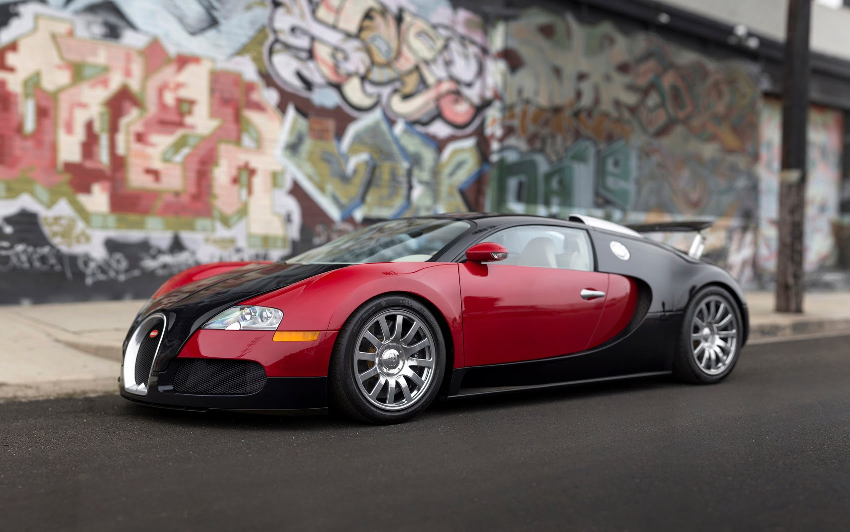 2006 bugatti veyron 16 4 photos informations articles. Black Bedroom Furniture Sets. Home Design Ideas
