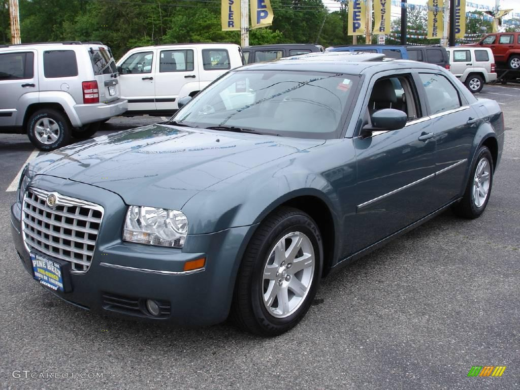 2006 Chrysler 300 #17