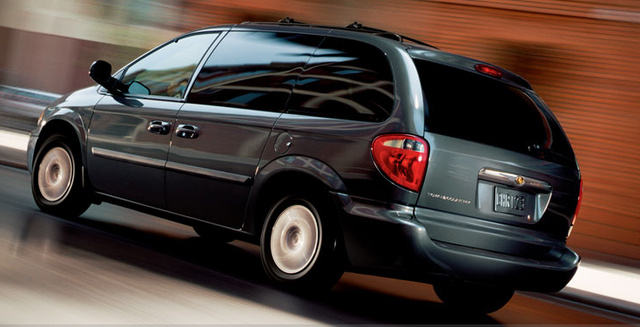 2006 Chrysler Town And Country #21