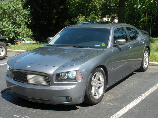 2006 Dodge Charger #19