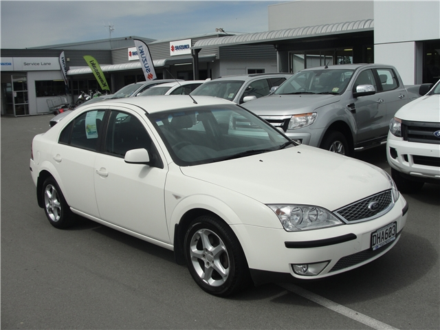 2006 Ford Mondeo #24