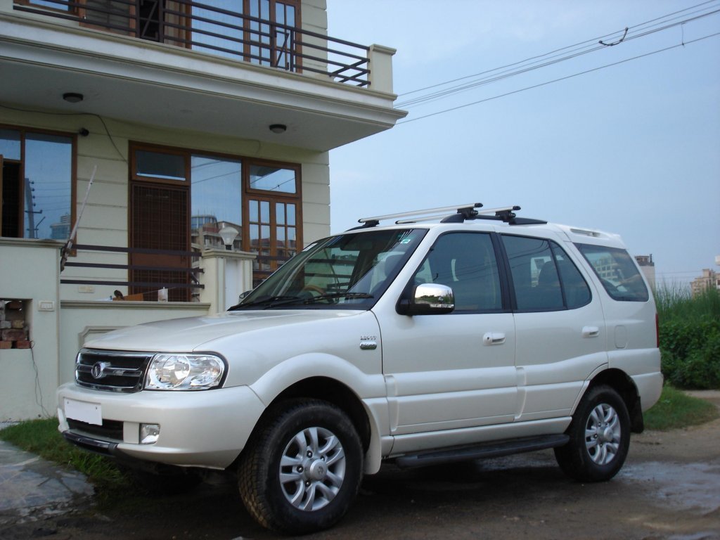 2006 Tata Safari #18