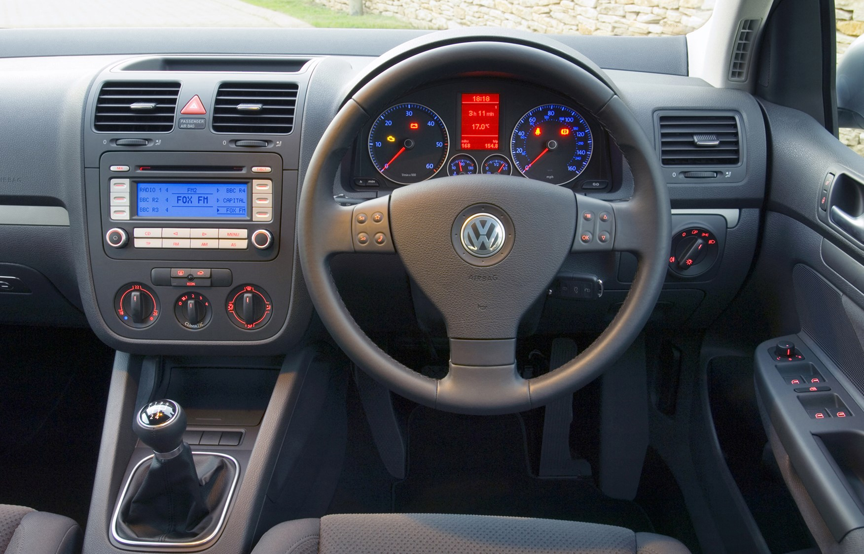 2006 Volkswagen Golf #14