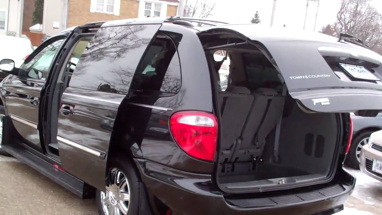 2007 Chrysler Town And Country #18