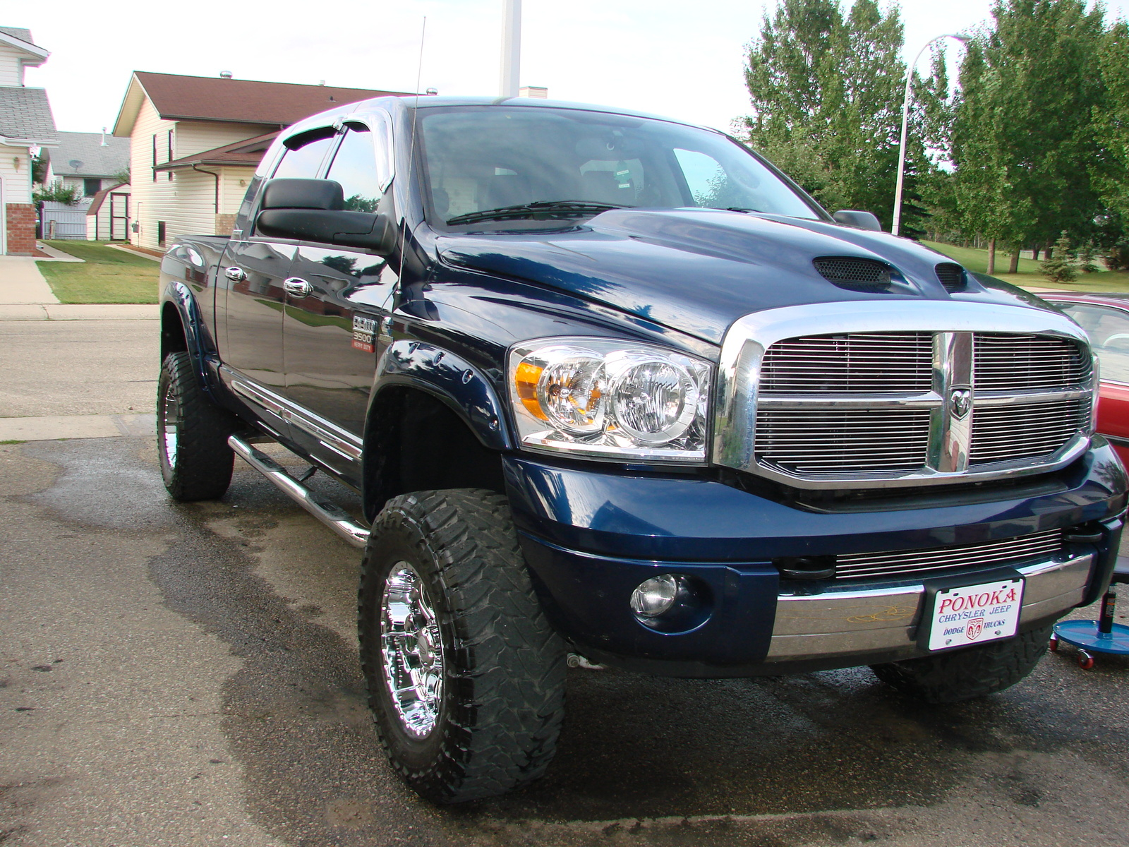 2007 dodge ram pickup 2500 photos informations articles. Black Bedroom Furniture Sets. Home Design Ideas