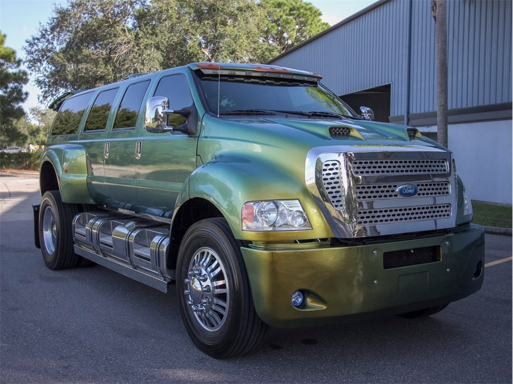 2007 Ford F-650 #24