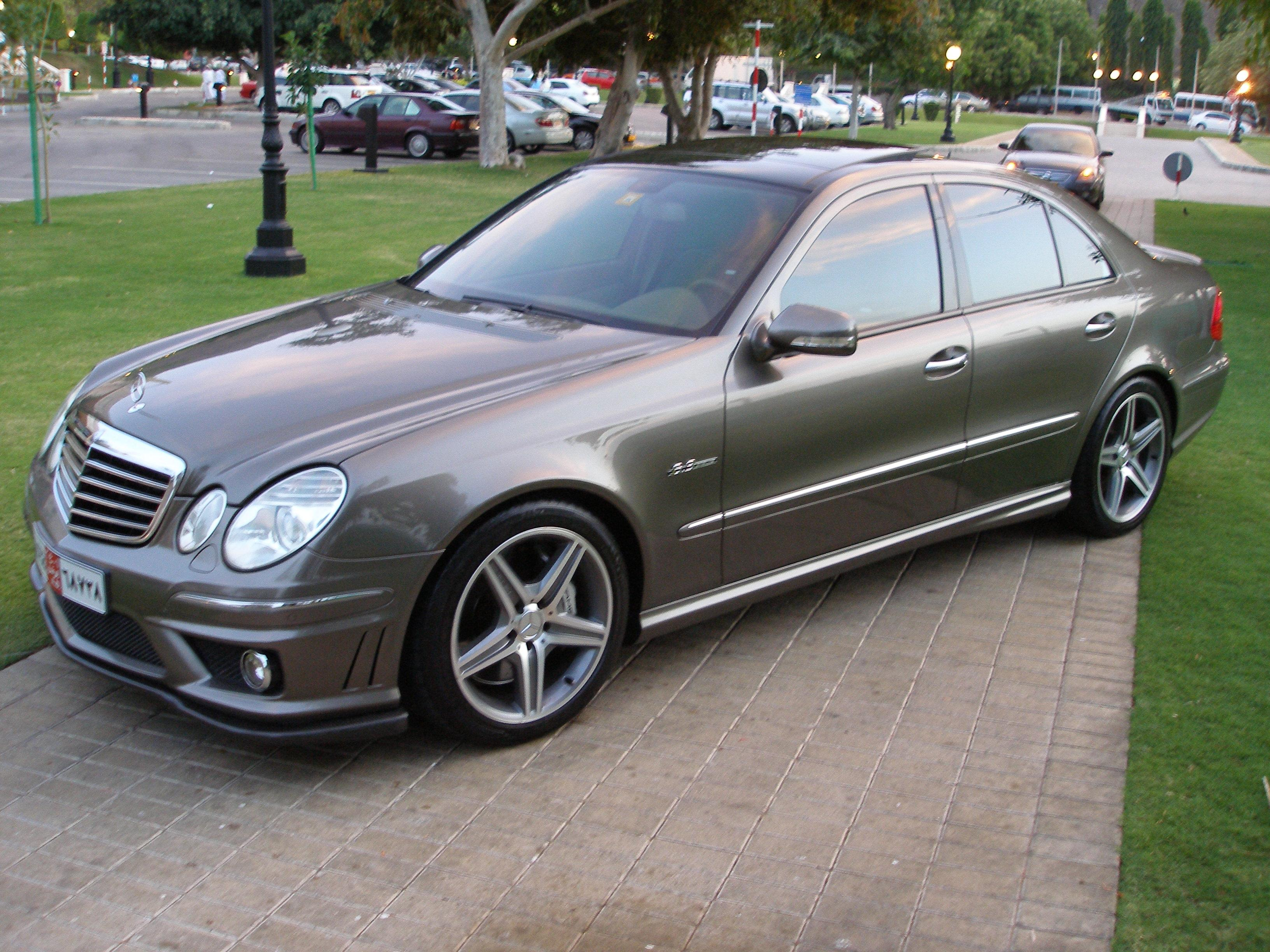 2007 mercedes benz e class photos informations articles. Black Bedroom Furniture Sets. Home Design Ideas
