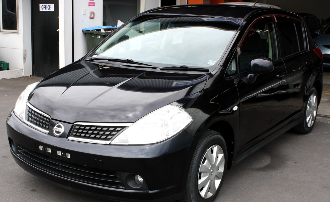 2007 Nissan Tiida Photos Informations Articles