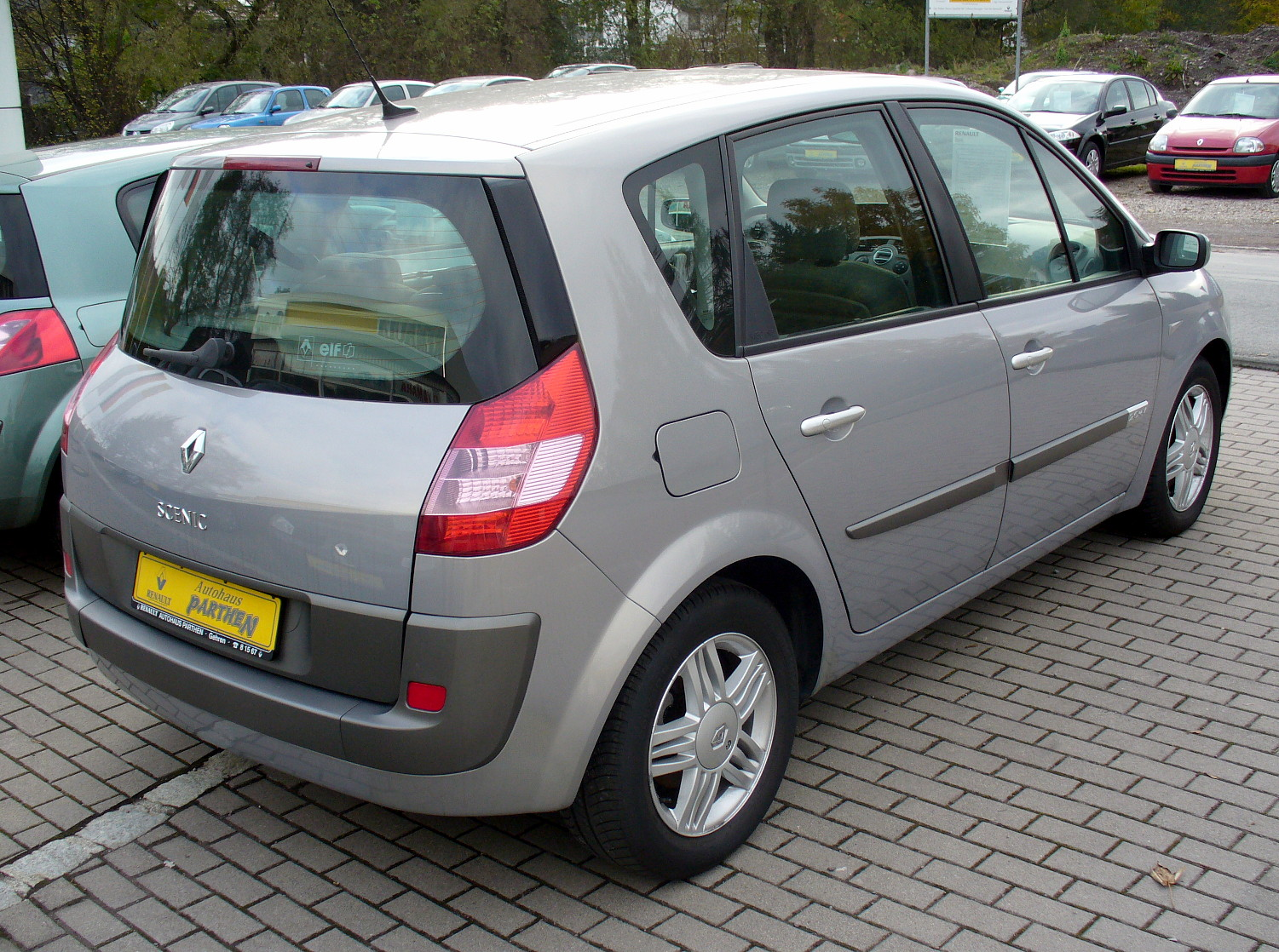 2007 renault scenic ii photos informations articles. Black Bedroom Furniture Sets. Home Design Ideas