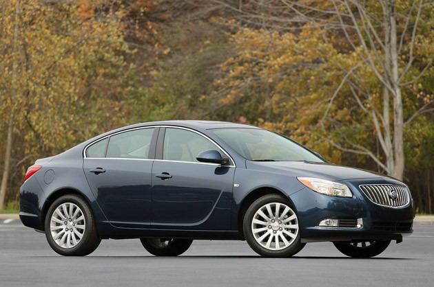 2011 Buick Regal #4