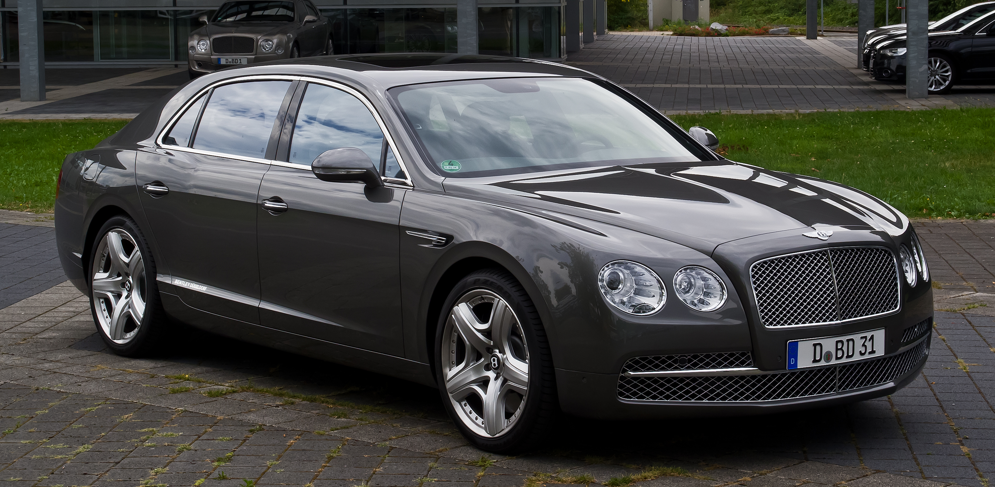 north spur bentley detail flying sedan for sale bmw continental at used hour