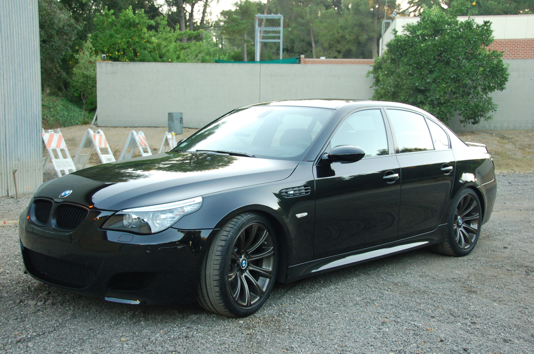 2008 bmw m5 photos informations articles. Black Bedroom Furniture Sets. Home Design Ideas