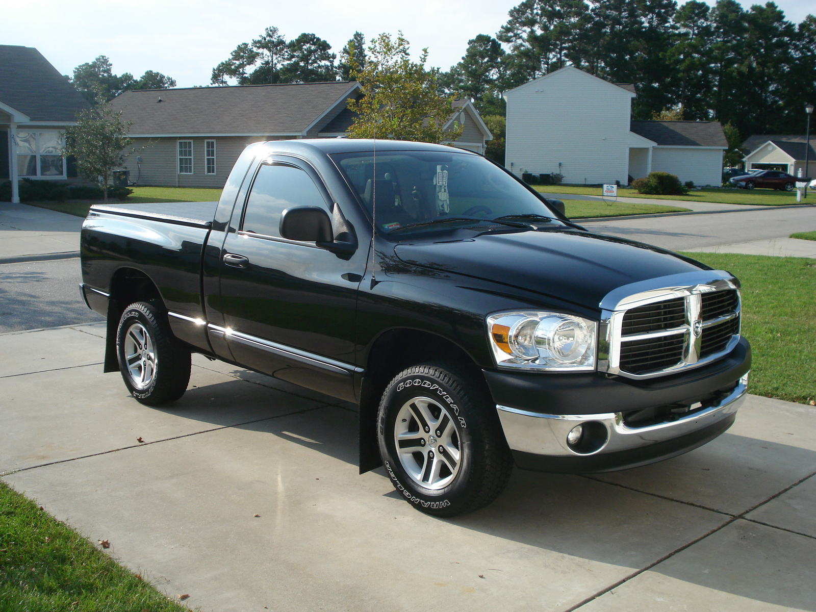2008 Dodge Ram Pickup 1500 Photos Informations Articles 2007 Radio Upgrade 2