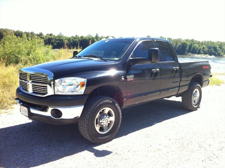 2008 dodge ram pickup 2500 photos informations articles. Black Bedroom Furniture Sets. Home Design Ideas