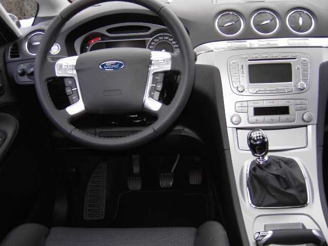 2008 Ford S-Max #20