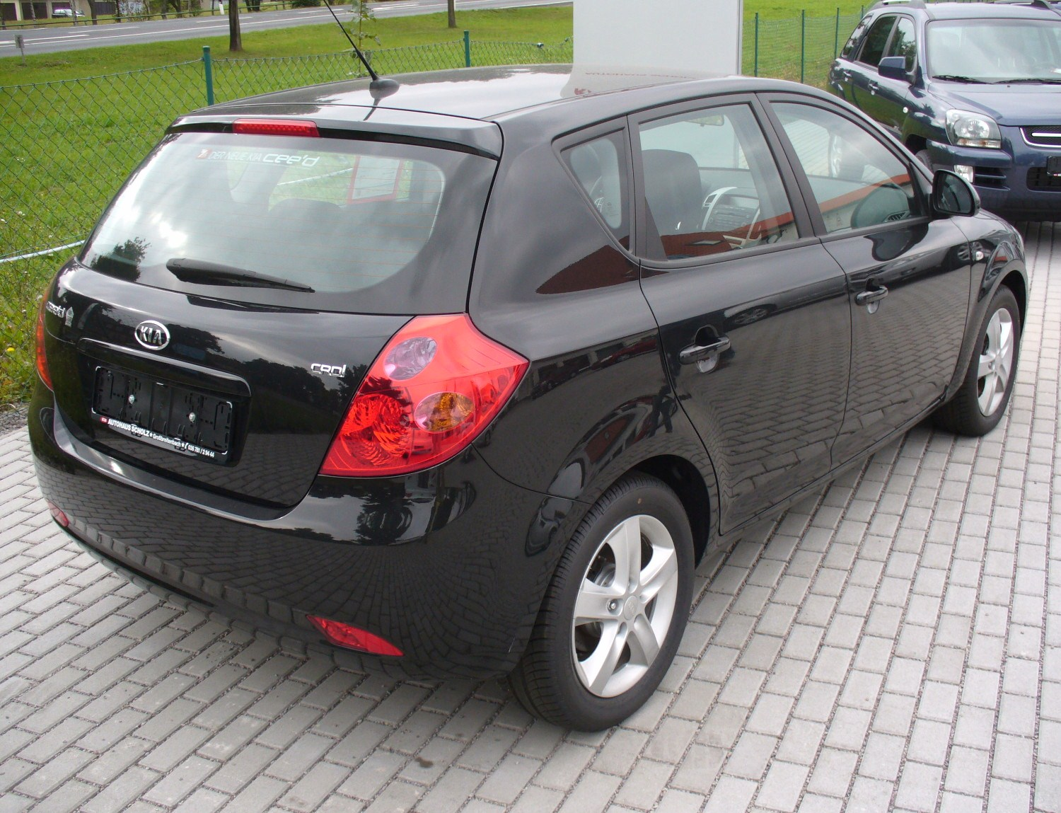 2008 kia cee 39 d photos informations articles. Black Bedroom Furniture Sets. Home Design Ideas