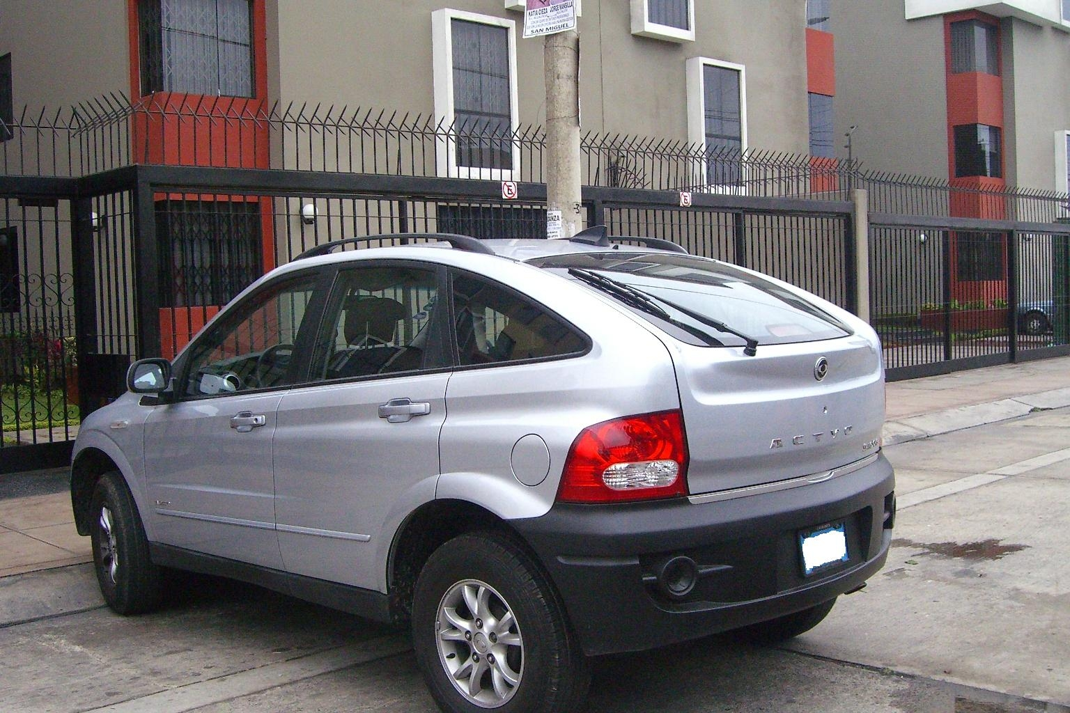 2008 Ssangyong Actyon #21
