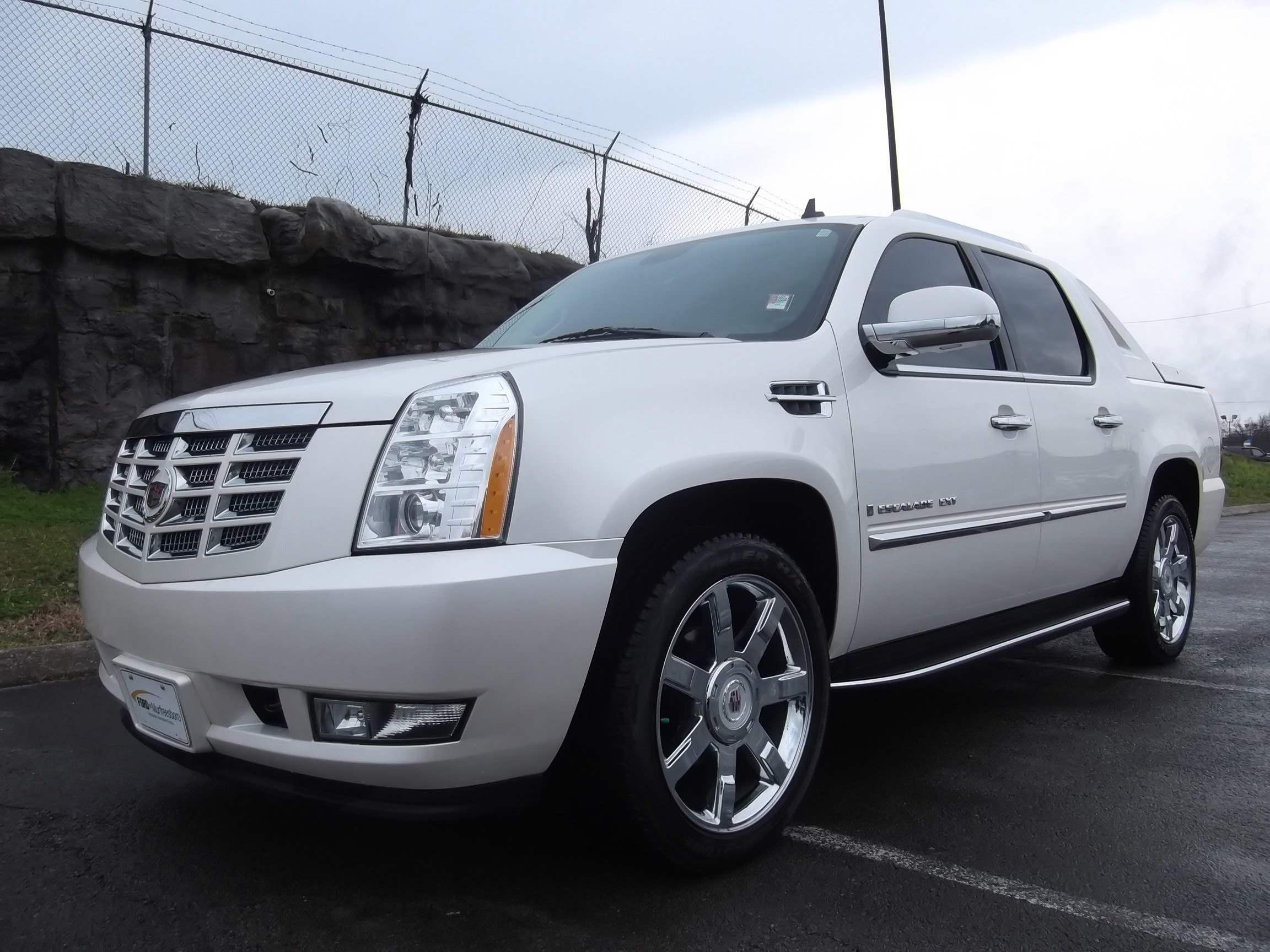 2009 Cadillac Escalade Ext s Informations Articles